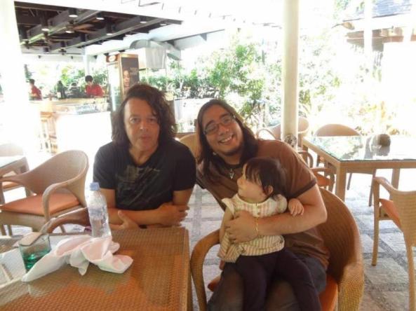Ravishing Roland and JN w/happy baby! :) #SweetMoments