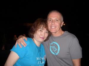 Curt and Juli hanging out. Notice she was smart and wore her #365DaysAYearForTearsForFears Kerffuffle of Kooks shirt ;) oh yeah! She's was representing that night!