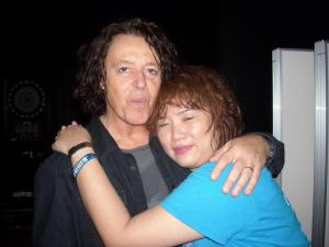 A warm night in Japan turns totally cool when Roland Orzabal  and Curt Smith are around. (no reposting of this photo please)