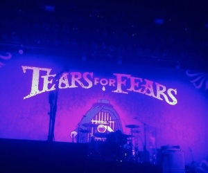 This is where the magic starts to happen, the lights lower and your soul soars...Tears for Fears are approaching the stage!