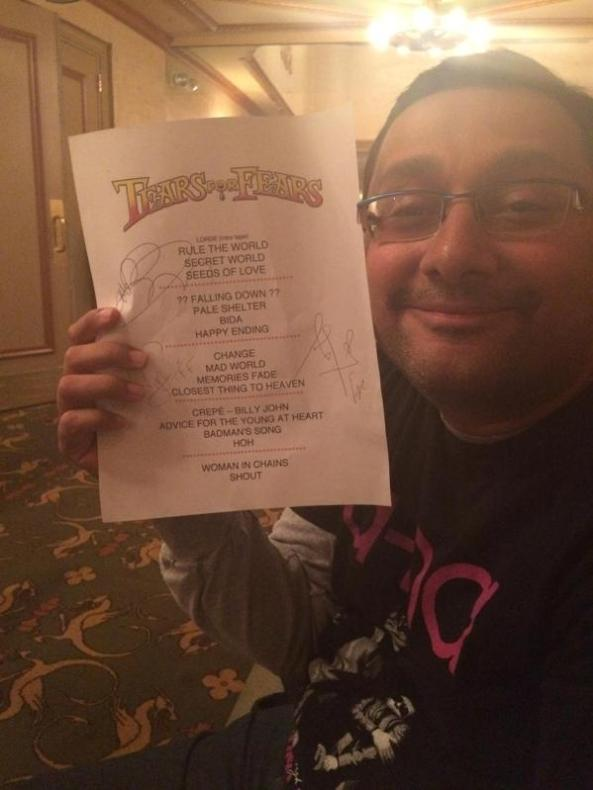 Loving Lax and his set list :)